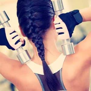 Упражнения с гантелями для девушек и женщин