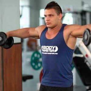 Разведение гантелей в стороны: какие мышцы работают и как правильно выполнять упражнение